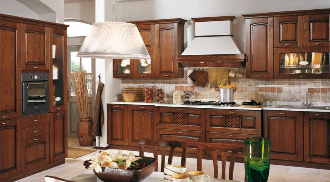 Bucatarii clasice - Cucine in ciliegio ...
